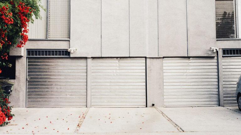 Warehouse Garage Door Repair